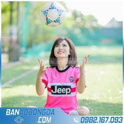 Áo đấu bóng đá màu hồng đẹp