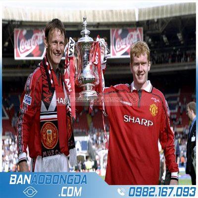 áo đá bóng MU 1998 - 2000