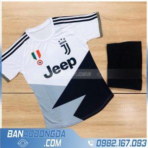 áo bóng đá Juventus training màu trắng đẹp