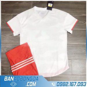 áo bóng đá juventus không logo màu trắng đẹp