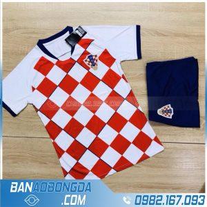 áo bóng đá đội tuyển Croatia 2020 2021 training 1 màu đỏ đẹp