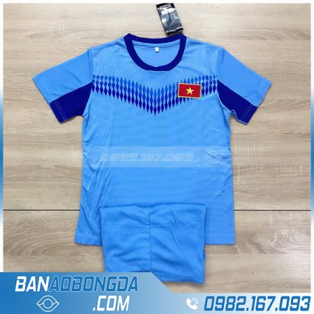 áo bóng đá Việt Nam màu xanh nhạt cho trẻ