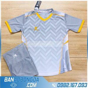 Áo bóng đá không logo màu xám nhạt đẹp