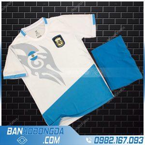 áo argentina chế màu trắng