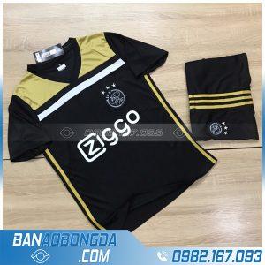 áo bóng đá Ajax training màu đen mới nhất