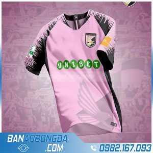 áo bóng đá tự thiết kế màu hồng