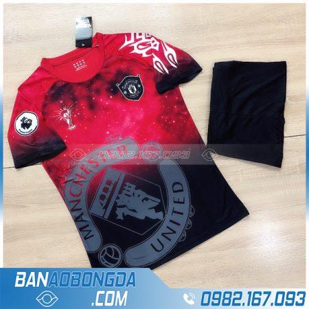 Áo Manchester United chế màu đỏ mới nhất