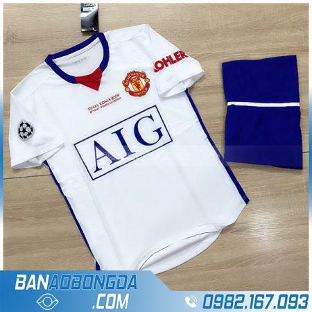 Quần áo MU màu trắng giá rẻ