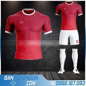 Áo bóng đá không logo tự thiết kế màu đỏ đô